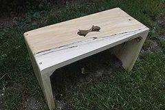 drevený-stolček-topoľ-1