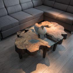 konferecny-stolik-s-masivu-orechove-drevo